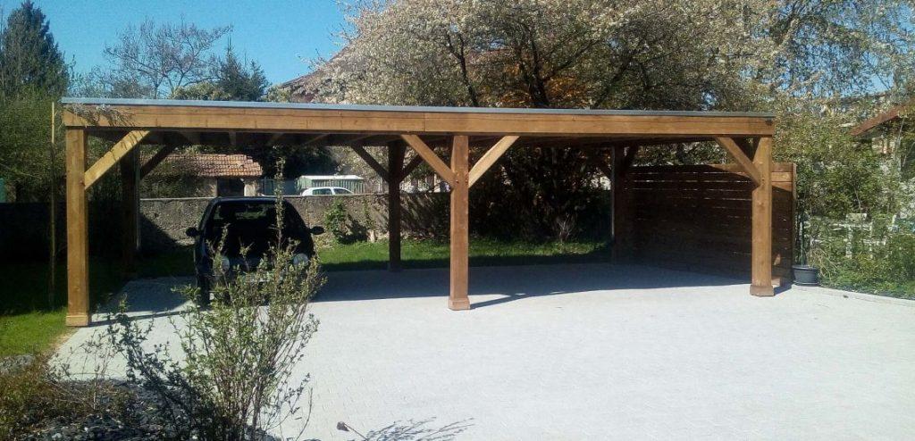 Carport en bois pour voiture avec toit plat